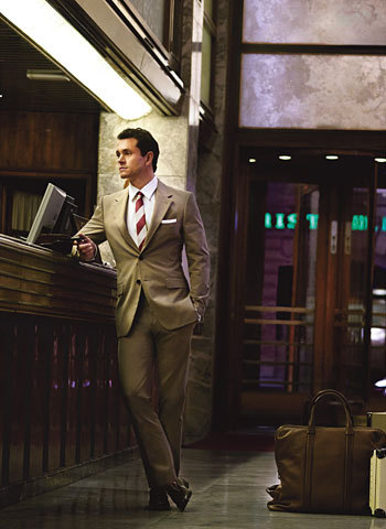 hugh dancy :) looking smart & sophisticated. &fantastic!