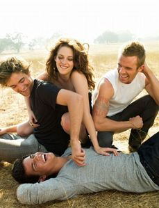 is it too late to enter?Here's my pic of Taylor with Rob,Kristen and Cam Gigandet having fun from their 2008 VF photoshoot.Taylor definitely looks like he's having fun...but they all look like they're having fun:)
