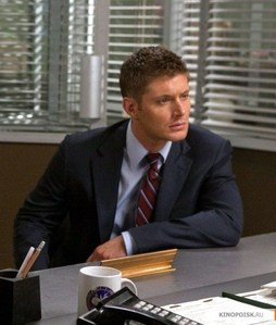 "Jensen wearing a blue suit on ""Supernatural"" (almost every time he and Sam act as Federal agents) <333"