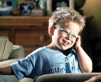 Jonathan Lipnicki as straal, ray Boyd in Jerry MaGuire.