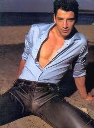 Sakis Rouvas incredibly sexy