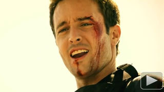 Alex O'loughlin in the first episode of Hawaii 5-0