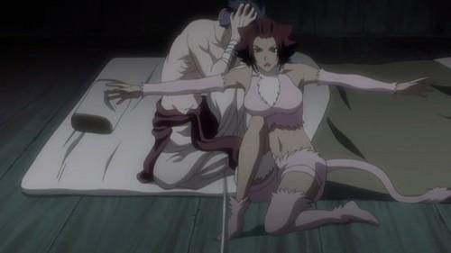 Haineko protecting Narunosuke from Rangiku