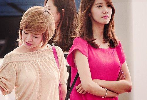 Sunny and Yoona<333 YoonSun :D