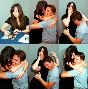 John Barrowman hugging Eve Myles ;)