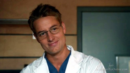 """my hottie in an episode of """"Emily Owens""""; if only one of my doctors would look like that... *sigh* <3333"""