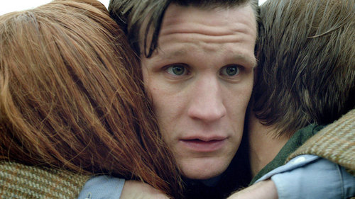 Te Doctor hugging Amy and Rory