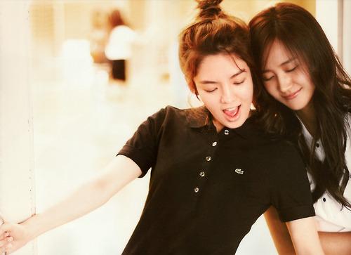 Hyoyeon and Yuri !! HyoRi !!