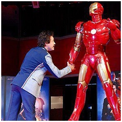 reaching for Iron Man's hand... yeah I'd do that too ^^