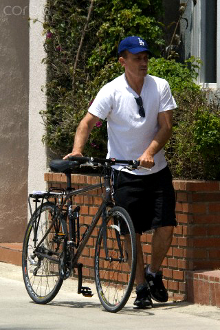 my Robster with his bike