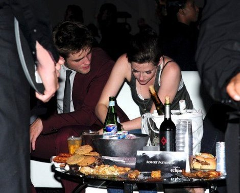 my gorgeous Robert with Kristen who is eating at the Eclipse after party<3