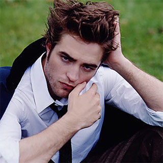 my gorgeous Robert and his sexylicious tousled hair.I just want to run my fingers through that luxurious brown silk<3