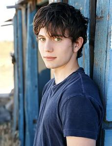 Jackson Rathbone. Yes, I'm in Amore with him ;)