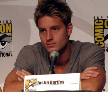 my hottie during the Comic Con 2010 Smallville panel <33333