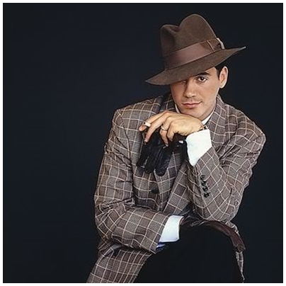 younger poser downey with hat! ^^