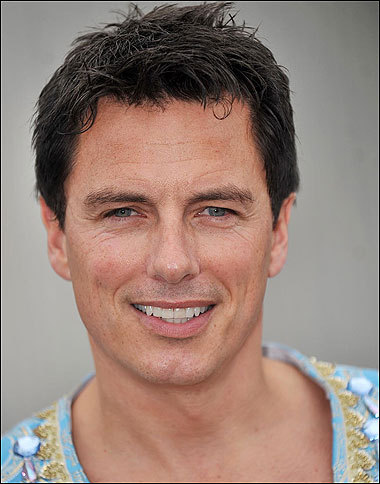 Favourite Actor : John Barrowman He is a fun guy and doesn't care what haters say. Every-time i see him, he is SMILING and genuinely loves his work. John Barrowman has an amazing personality that hasn't changed since he became well known in the music/acting/entertainment industry. He has ALWAYS stayed the same and hasn't let anyone change who he is. That has inspired me to not change for anyone as ive seen how many times that people have tried to change him and he hasn't ever let anyone change him. John LOVES his fans. He know that he is where he is now because of US barrowmaniancs/fans. He always makes time for his অনুরাগী and always makes time in his schedule to go to Fedcone/ComicCon/Etc which shows that he truly has an amazing হৃদয় and personality. Not many যশস্বী would do this and actually WANT to go but John does, which is a reason i প্রণয় him. John LOVES animals. He adopts সারমেয় from Dog centres. He had to give away a dog in 2013 called Charlie because if he didnt, he would have to put him down as it bit a woman. He didnt want Charlie to die so he made the choice to give Charlie to a friend. THIS shows that John cares about his dogs. I প্রণয় জন্তু জানোয়ার aswell so i would see this is a hard decision but i প্রণয় him for being able to make these decisions to save a জন্তু জানোয়ার life. I প্রণয় that John has never cared about peoples negative মতামত about him being gay and in a civil relationship with Scott Gill. I think everyone should be like John and not care about what sexuality they are. Just accept it haters - People can প্রণয় the same sexuality. John Barrowman is an amazing person. আপনি may not think this but he has changed so many life's with just being himself. He has taught me and other people to be ourselves and not to let anyone change who we are. I, for one, am very grateful that he has taught me to be myself. I am what i am because of JOHN BARROWMAN. There are loads of other reasons why i প্রণয় him but the main one? He is HIMSELF!! THIS answer shows why i প্রণয় Barrowman. He is truly a real person who has stayed the same even though he is now a celebrity. Stay yourself Barrowman!