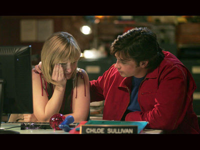 Tom Welling as Clark with Chloe in Thị trấn Smallville
