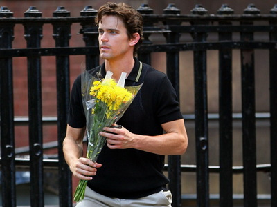 Matt Bomer with yellow bulaklak :)