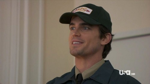 Matt Bomer as Neal Caffrey wearing a キャップ during a scene of White 襟, 首輪 :)