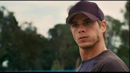 My hottie wearing a cap. <333