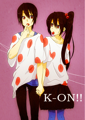 """Here's Azusa (from K-On!) with the male version of herself, in their """"Listen!!"""" outfits. X3 (My ikoni is a gender-bent version of Izaya from Durarara kwa the way.)"""