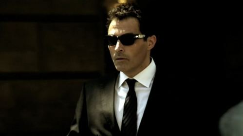 Cool Suit and Shades =P