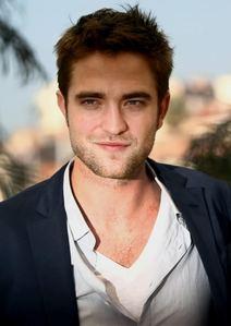 my very handsome Robert<3
