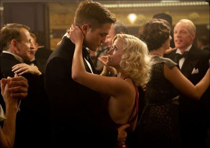 my gorgeous Robert dancing with Reese Witherspoon in a scene from Water for Elephants<3