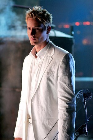 "while Justin always looks hot in a suit, this is my all-time Избранное one: the full white suit from ""Sneeze"" (pic) and ""Roulette"" <3333"