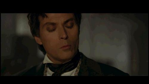"In this picture he's thinking: ""Kiss me xXxJDloverxXx"" XD"