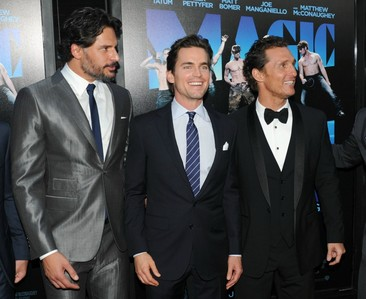 Matt Bomer standing in the middle (still the best looking) between Joe Man(can't spell the rest) and Matthew McConaughey: are wearing SUITS/スーツ :)
