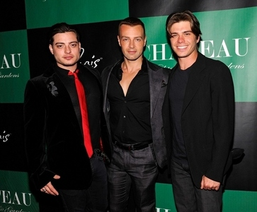 Matthew and his 2 brothers, Joey and Andy in suits. <3333