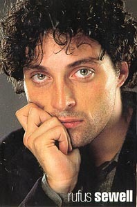 Young Rufus with his curly hair =D