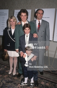 Matthew Lawrence at 11 years old with his family: Matthew's older brother, Joey Lawrence at 15 years old Matthew's younger brother, Andy Lawrence at 3 years old Matthew's mother, Donna Shaw Lawrence Matthew's father, Joseph Mignogna Lawrence