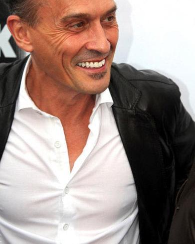 smiling Robbie