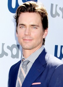 One of the most 最近 写真 of Matt Bomer that I could find and he does look super :)