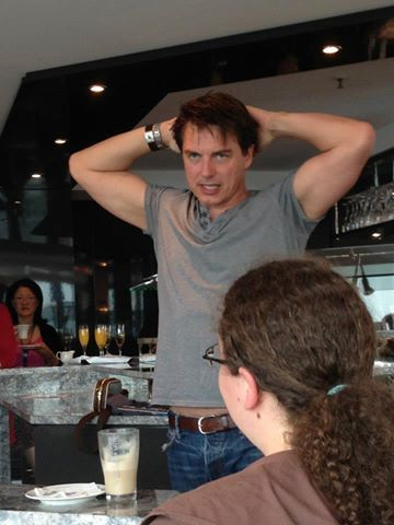 I would 사랑 to walk into a room and John Barrowman is doing this ;) I would run and hug him .. i would do naughty things to him ;) Haha