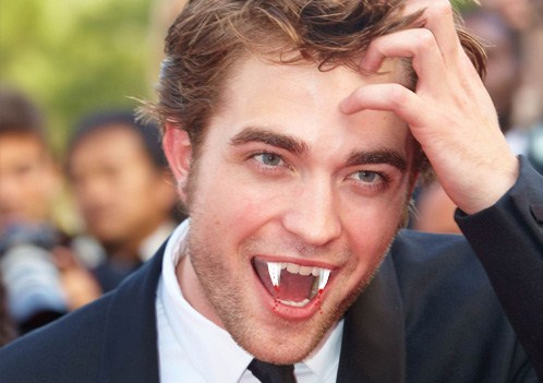my Rob-vampire.Oh please bite me,Robert<3