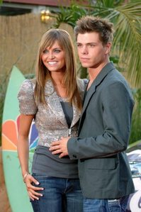 I'd want to be Heidi Mueller who used to be engaged to my crush 8 years ago, in that case he and I would of been married and had a family, 3 children that is. I pag-ibig Matt in all of my heart. <33333 btw, they broke up the engagement in March 2006.