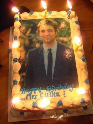 my gorgeous Robert on a cake.Talk about having your cake and eating it too<3