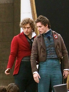 Aaron in the filming of Les Mis♥