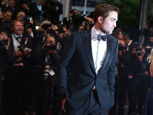 my gorgeous Robert looking sinfully hot in a tuxedo<3