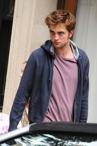 my Robert looking comfortable and sexy in this hoody<3