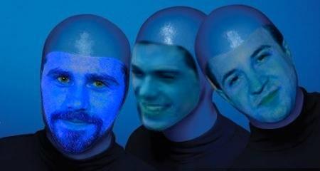 3 blue men, Rider Strong, Matthew Lawrence and Ben Savage. XD