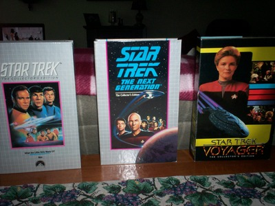 I have a complete set of the original star, sterne Trek series (some in their original wrapping), the Weiter Generation series, and two years of Voyager. These are VSH tapes so I also have VCR on which to play them. I am asking $450.