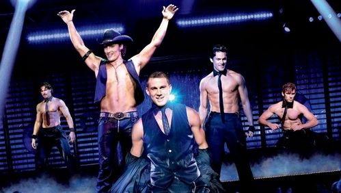 Matt Bomer with the shirtless cast of Magic Mike :)