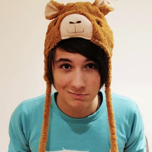 Mine's Dan too ^.^ Ain't he just the most adorable guy you've ever seen?! I mean, look at this!