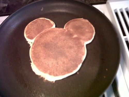 Mickey chuột bánh xèo, bánh kếp <3