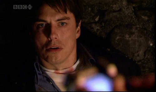 Yo momma is so ugly that not even Captain Jack Harkness would go near her.