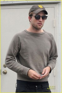 my handsome Robert in a grey sweater/jumper<3